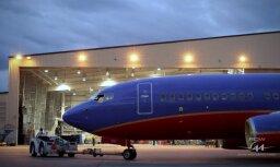 ВИДЕО: Как на самолеты устанавливают Wi-Fi (и почему его наличие заметно снаружи)