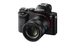 'Sony A7' un 'A7R' - jaunas pilna kadra bezspoguļa fotokameras