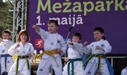 Fotoreportāža: Vērienīgi sporta svētki un veselīga dzīvesveida diena Mežaparkā