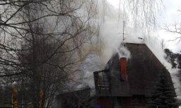 Video: Saulkrastos liesmas noposta kafejnīcu