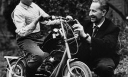 Motormuzejs dāvinājumā saņem unikālu mini motociklu 'Mikrons'