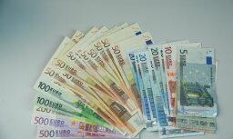 Prezidenta kancelejā pērn naudas balvās un piemaksās izmaksāti 92 118 eiro