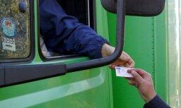 Iereibis kravas auto vadītājs likumsargiem piedāvā 50 eiro kukuli