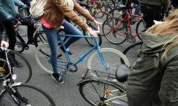 Rīdzinieku neatsaucības dēļ Rīgas dome mainīs Ķengaraga veloceliņa maršrutu