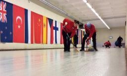 'OB/Regža' un 'RKK/Rudzīte' iekļūst Latvijas jaukto kērlinga komandu čempionāta finālā