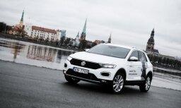 Rīgā prezentē pagaidām mazāko VW apvidnieku 'T-Roc'