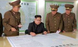 Kims dod rīkojumu paplašināt raķešu dzinēju un kaujas galviņu ražošanu