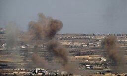 Izraēla pēc noklīdušu lādiņu piezemēšanās valsts teritorijā atbildējusi ar pretuguni