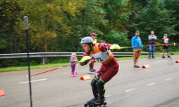 Miks Zvejnieks un Ieva Meldere atkārtoti kļūst par Latvijas čempioniem skrituļslalomā