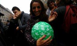 Čīle sākusi aptiekās tirgot uz marihuānas bāzes veidotus medikamentus
