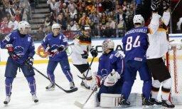 Vācijas hokejisti cīņas beigās izmanto vairākumu un uzvar Franciju