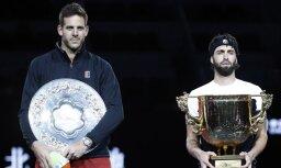 Gruzīnu tenisists Basilašvili pārsteidzoši uzvar del Potro un triumfē Pekinas ATP turnīrā