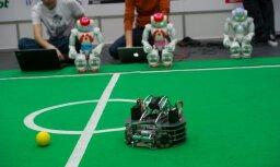 Foto: robotu sacensības 'Robotex 2013' Tallinā