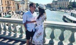 Krāšņi foto: Reiņa Nitiša un viņa Lauras mīlas pilnais ceļojums Itālijā