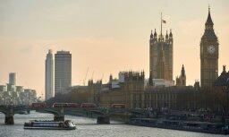 Britu Iekšlietu ministrija 'kļūdas dēļ' draudējusi deportēt ES pilsoņus