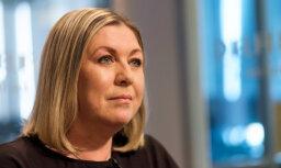 'Delfi TV ar Jāni Domburu': atbild Nora Ikstena. Pilna intervija