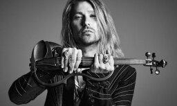 Ar 'eksplozīvu' koncertprogrammu Rīgā viesosies vijolnieks Deivids Garets