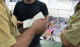 Liepājā aiztur vīrieti ar trim Baltkrievijas pilsoņu pasēm