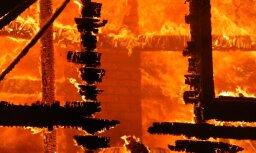 Под Олайне горела баня: в огне пожара погиб 35-летний мужчина