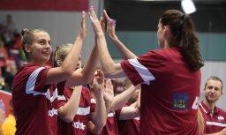 Latvijas basketbolistes spēkojas par vietu EČ pusfinālā un par ceļazīmi uz Pasaules kausu