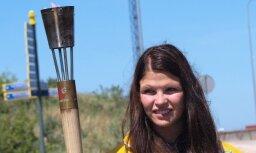 Ventspilī aizdedz Jaunatnes olimpisko spēļu uguni