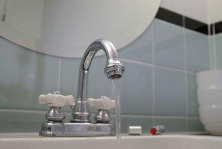 Moderna vide vecā vannasistabā. Kā no nekā radīt stilīgu interjeru?