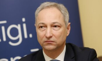 'Melu čempionu' un oligarhu atraušana no varas – JKP līderi padomes sēdē lepojas ar paveikto