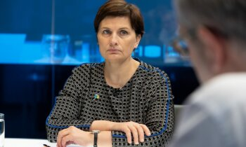 'Delfi TV ar Jāni Domburu' par cīņu ar Covid-19 atbild veselības ministre Ilze Viņķele. Pilns ieraksts