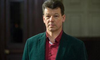 Eigimu soda par nepietiekamām latviešu valodas zināšanām; viņš sola tās uzlabot