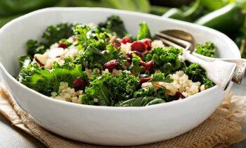 Garšīgi salāti nenozīmē plikas, zaļas lapas – vakariņu idejas katrai nedēļas dienai