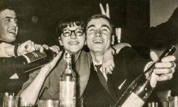 Neizlaid velnu no pudeles! Kā pret pārmērīgu alkohola lietošanu cīnījās 80. gados