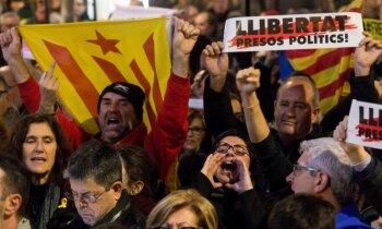 Hronoloģija: Katalāņu neatkarības centieni – apspiešana, autonomija, referendums un apcietinātie