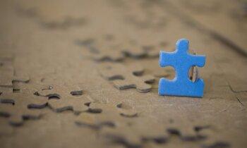 Diagnoze bērnam – autisms – Latvijā kā bubulis visās frontēs