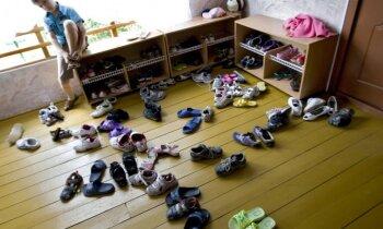 Simtiem bērnu pēc uzņemšanas Rīgas dārziņā deklarēti citviet