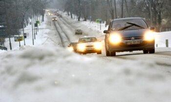 Pērn pieaudzis ceļu satiksmes negadījumos cietušo skaits