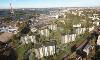 Foto: Rīgā sāk būvēt 40 miljonu eiro vērto 'Krasta kvartālu'