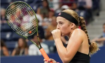 Ostapenko nespēj izrādīt pretestību slavenajai Šarapovai un izstājas no 'US Open'