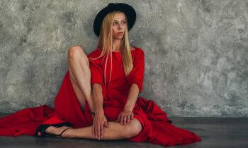 Dejotāja, modiste un juriste Ieva Immertreija: viena brīvdiena mēnesī mani 'izdedzināja'