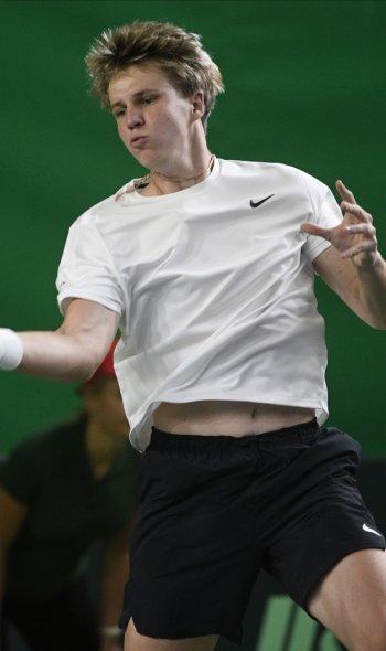 Kārlis Ozoliņš. Par Federeru vēl nedomā, bet pret Gulbi uzspēlēt grib