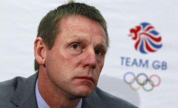 Par Anglijas futbola izlases pagaidu galveno treneri apstiprina Pīrsu