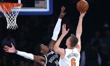Porziņģim 15 punkti pirmajā 'Knicks' pārbaudes spēlē