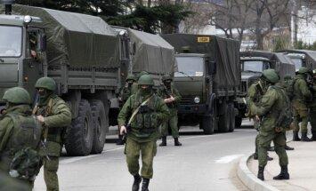 Krievija realizē intervenci Krimā un grib izveidot marionešu valdību, uzskata zviedru ministrs