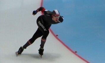 Конькобежец Силов занял 9 место на ЧМ в многоборье