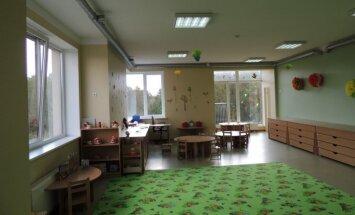 Nākamgad valsts varētu nefinansēt bērnu sūtīšanu privātajos bērnudārzos