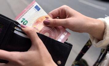 VID: līdz 1. jūnijam jāinformē par izsniegtajiem vai saņemtajiem aizdevumiem virs 15 000 eiro