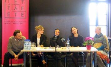 Rīgas Krievu teātrī top iestudējums 'Mīlēt' ar Ievu Segliņu galvenajā lomā