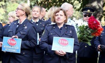 Foto: Muitnieki piketē par taisnīgu izdienas pensiju sistēmu