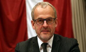 """Зиле: приближение весны заставит ЕС принять """"квазиавтоматическую"""" систему распределения беженцев"""
