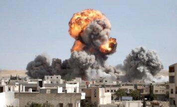 Sīrijas armija uzbrūk nemierniekiem Damaskas austrumos