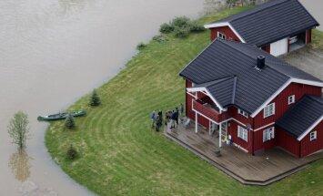 Plūdu dēļ Īrijā un Norvēģijā izsludināts sarkanais brīdinājums